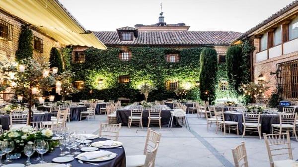 Terraza - Los Jardines del Antiguo Convento, Boadilla del Monte