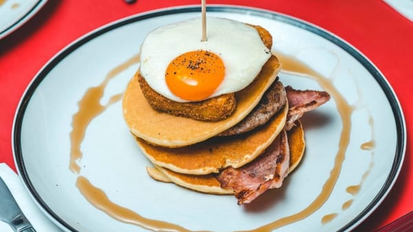 Ed's Diner - Cheshire Oaks, South Wirral, Ellesmere Port