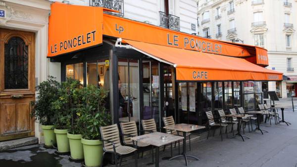 Terrasse - Le Poncelet, Paris