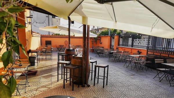 SAM Pub, Fiumicino