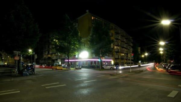 Photo 1 - Charlie, Munich