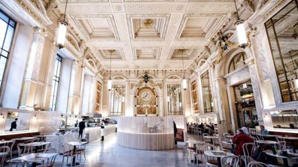 apreçu de l'intérieur - Brasserie Le Royal, Antwerp