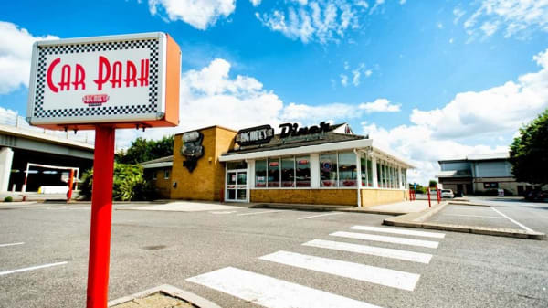 Big Moe's Diner - Newham, Barking