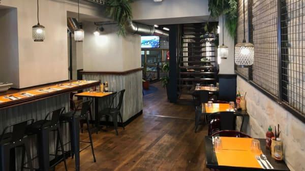 Salle - The Thai - Asian Street Food, Le Kremlin-Bicêtre