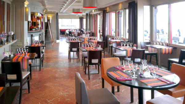 la salle du restaurant - Restaurant du Casino JOA - Etretat, Étretat