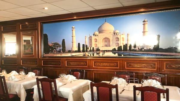 Vue de la salle - Taj Mahal, Melun