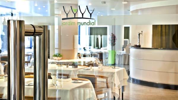 Entrada - Jardim - Hotel Mundial, Lisboa