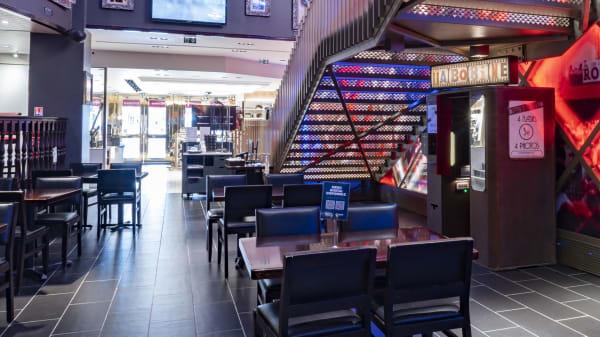 Main Floor - Hard Rock Cafe Paris, Paris