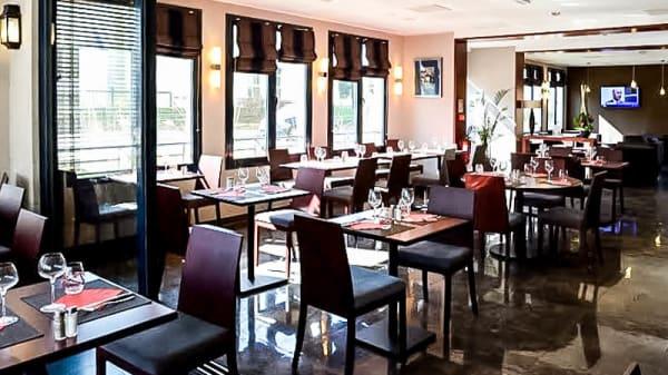 Vue salle - Brasserie La Véranda - Le Plessis Parc Hôtel, Le Plessis-Robinson