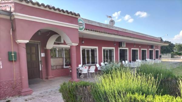 La Encina de Montecalderon, El Casar