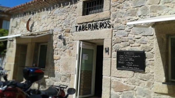 Vista fachada - Parrilla Taberneros Torrelodones, Torrelodones