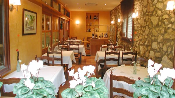 Sala del restaurante - Cal Xim, Sant Pau d'Ordal
