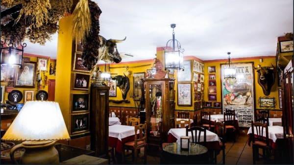 Vista sala - Mesón Casa Paco, Sevilla