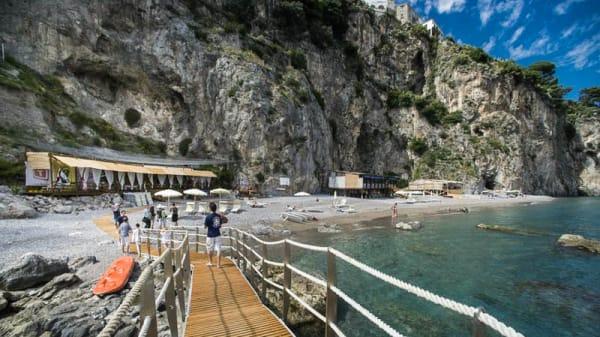L ambiente - Lido degli Artisti, Amalfi