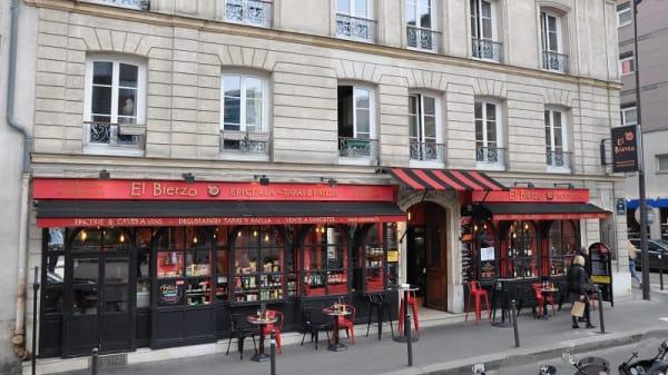 Façade - El Bierzo, Paris