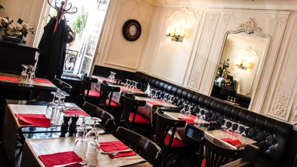 Salle du restaurant - Côté Marché, Le Vésinet