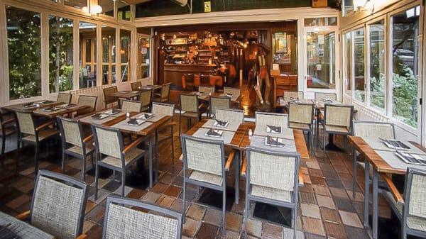 Tony's Grill 1 - Tony's Grill, Madrid