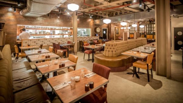 Restaurant - The Factory House, London