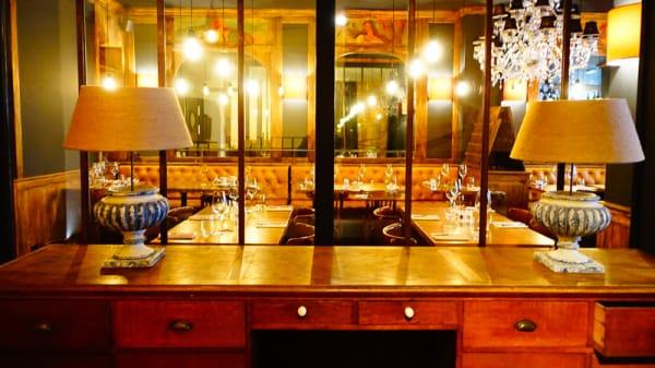 Salle principale - Le Louis Vins, Paris