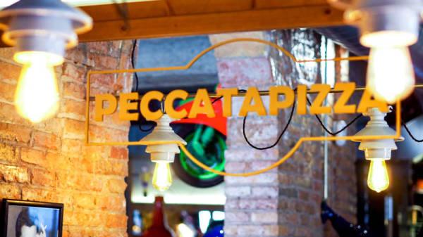 Detalle de decoración - Peccata Pizza, Barcelona