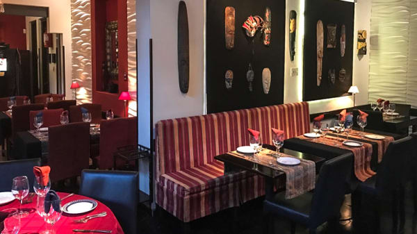 Sala del restaurante - Tandory, Montevideo