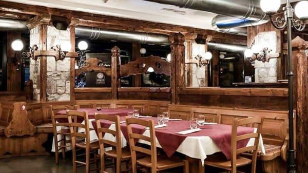 Vista sala - Il Covo Pizzeria, San Vito Di Cadore