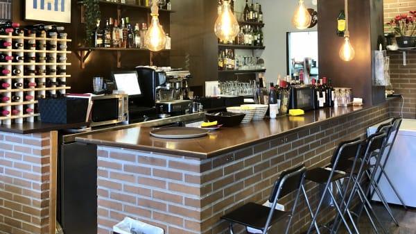 Al Punto y Coma Restaurante, Colmenar Viejo