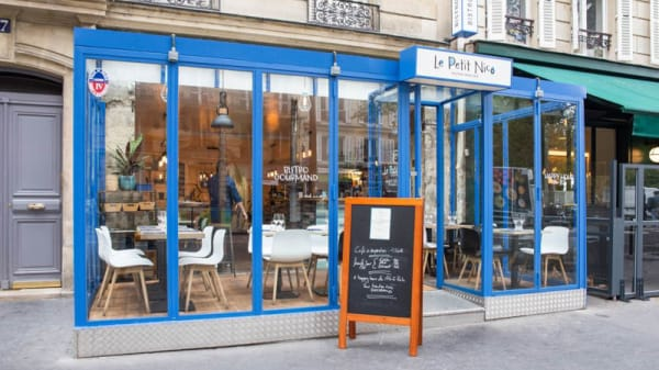 Façade - Le Petit Nico, Paris