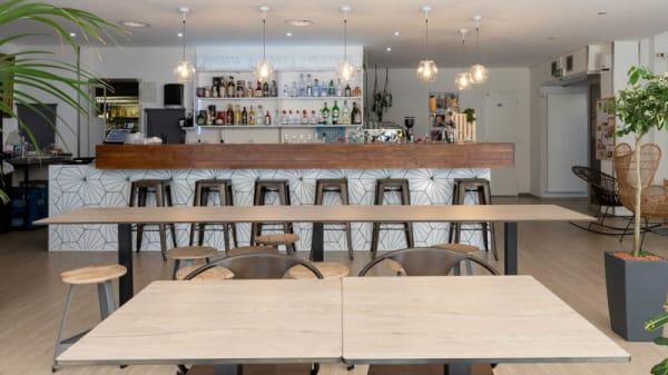 Vue de la salle - Café Bel-Ami, Nyon