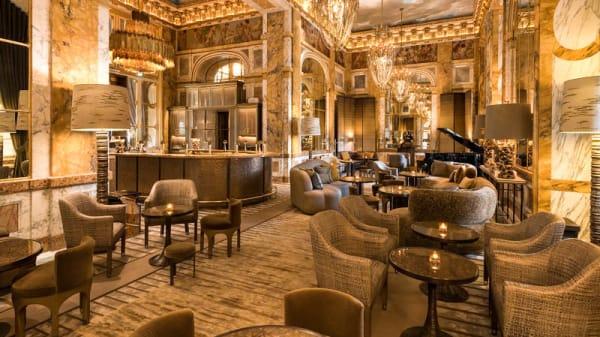 Salon du restaurant - Bar Les Ambassadeurs, Paris