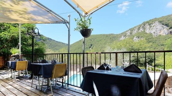 Vue de la terrasse - Restaurant le Belvédère, Vallon-Pont-d'Arc