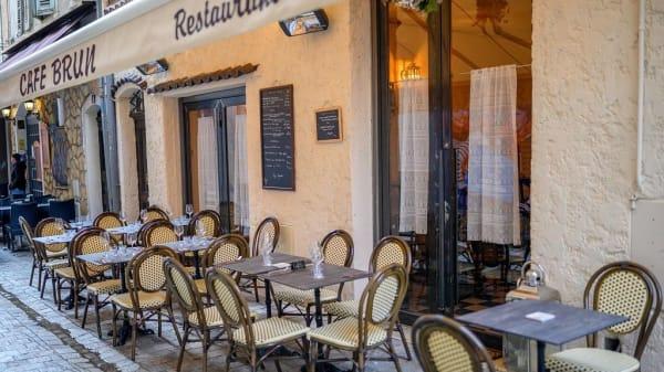 Entrée - Café Brun, Cannes