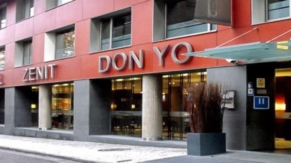 Entrada - El Centenario - Hotel Zenit Don Yo, Zaragoza