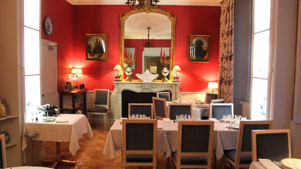 Salle à Manger Rouge - La Table de Mestré, Fontevraud-l'Abbaye