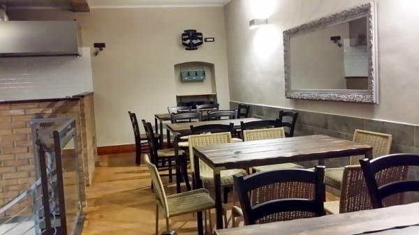 Interno - Barrett Food, Bussi Sul Tirino
