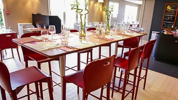 Salle du restaurant - Campanile Fougères, Fougères