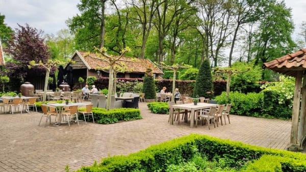 Terras - Pannenkoeken restaurant Tante Sien, Vasse