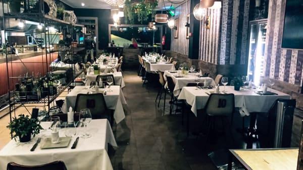 Sala del restaurante - La Torino - Cuzco, Madrid