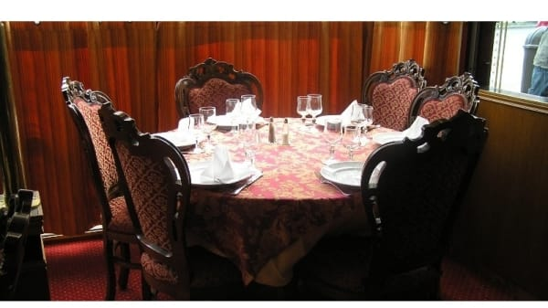 Table dressée - Taj Mahal, Colombes