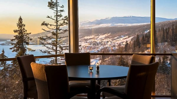 Tables with amazing views - Thyras Matsal @ Tott Åre, Åre
