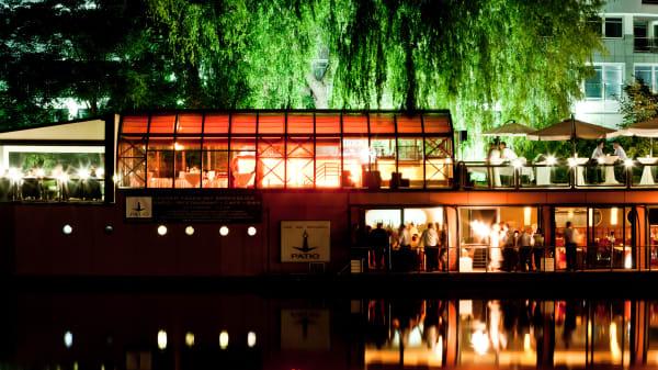 PATIO - Abends, gesamt  - PATIO - Restaurantschiff, Berlin