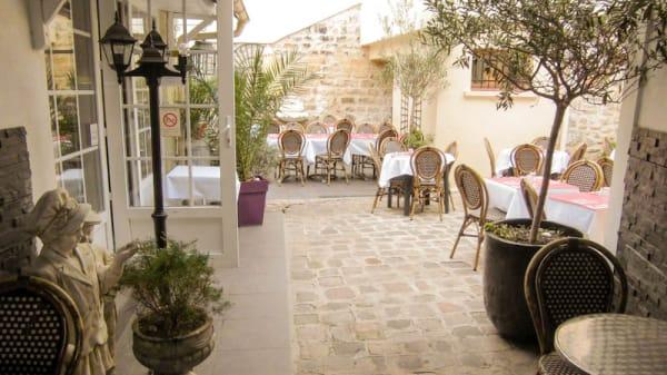 terrasse verdoyante, calme et ombragée - Le St Maurice, Villejuif