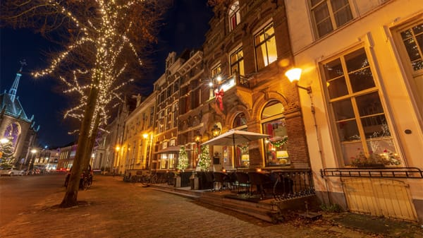 Buiten - Huis Vermeer, Deventer