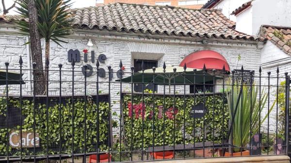 Externo - Mile Café, Bogotá