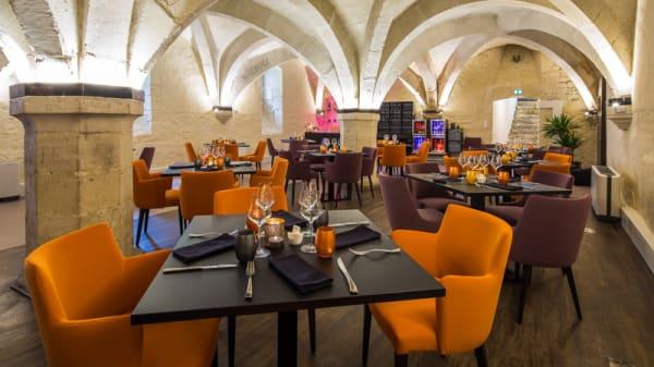 Salle du restaurant - Le Cellier, Bar-sur-Aube