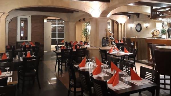 Salle du restaurant - La Guinguette, Calais