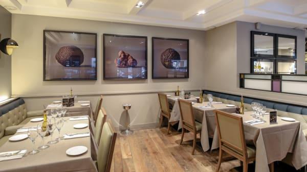 Maison de la Truffe Marbeuf in Paris - Restaurant Reviews, Menu