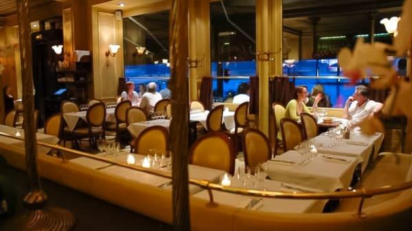 Salle du restaurant La Frégate - La Frégate, Paris