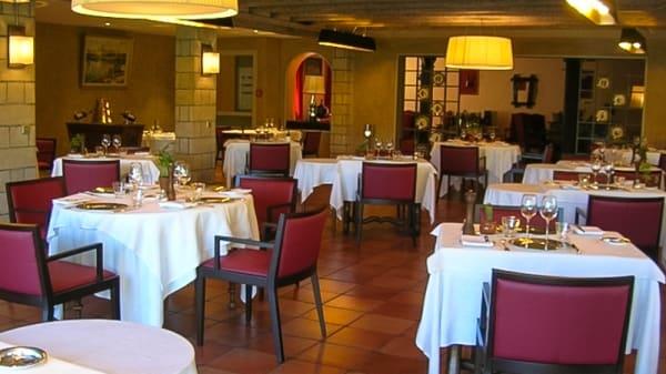Salle du restaurant - Argi Eder, Ainhoa