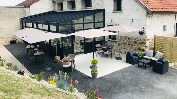 terrasse - Le Clos de Champfleury, Champfleury
